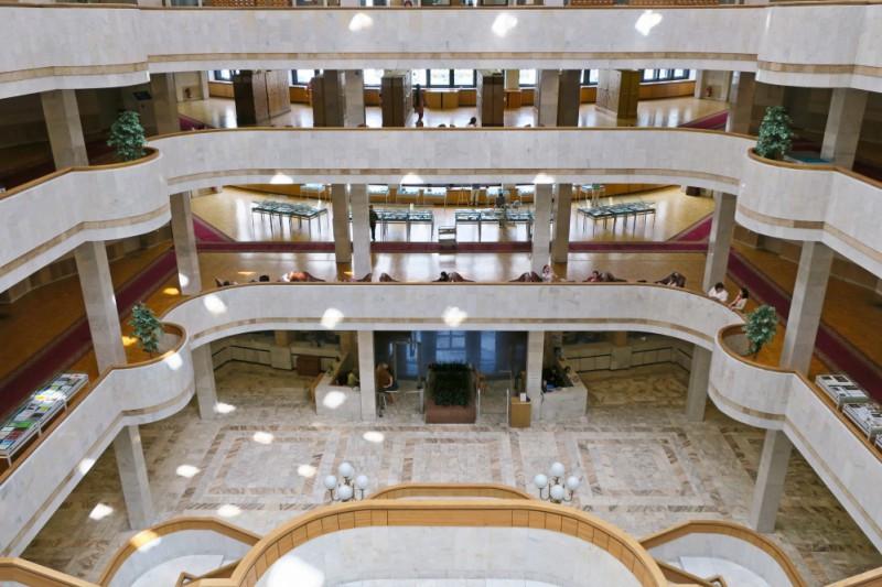 Российская национальная библиотека (РНБ). Новое здание. Фойе